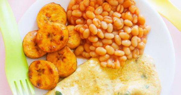 breakfast fried eggs