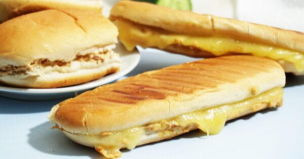 tuna-mayo-sandwich